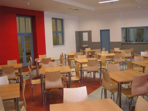 gymnazium01