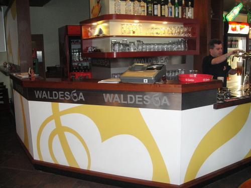 waldeska10